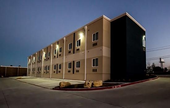 Executive Inn Fort Worth - Executive Inn Fort Worth - Exterior